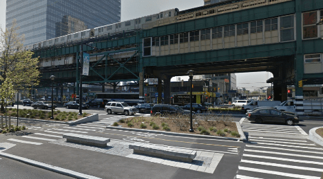(File: 27th and Queens Plaza North)