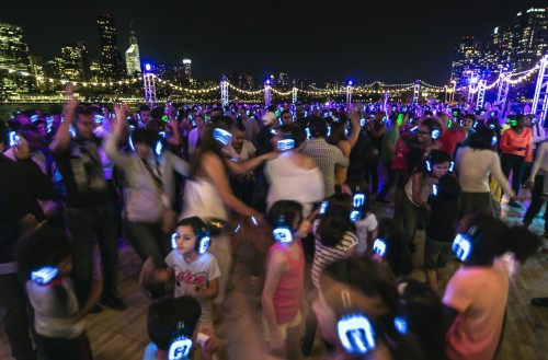 Lincoln Center Local: Silent Disco; Hunter's Point South Park, Long Island City, Queens NY; September 12, 2014. Photo credit: Iñaki Vinaixa