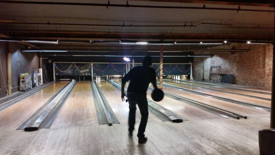 Williamsburg Bowling Operators With 70s Theme To Open Lic